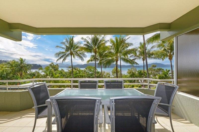 Balcony - Hibiscus 107 - Hamilton Island - rentals