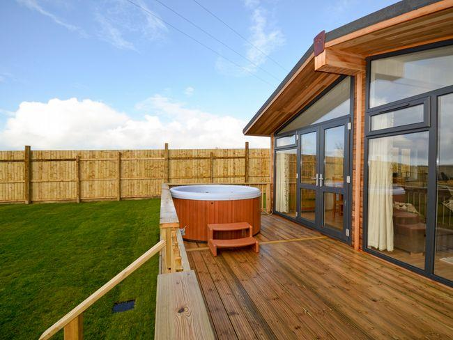 View of the property with hot tub - BLODG - Cornwall - rentals