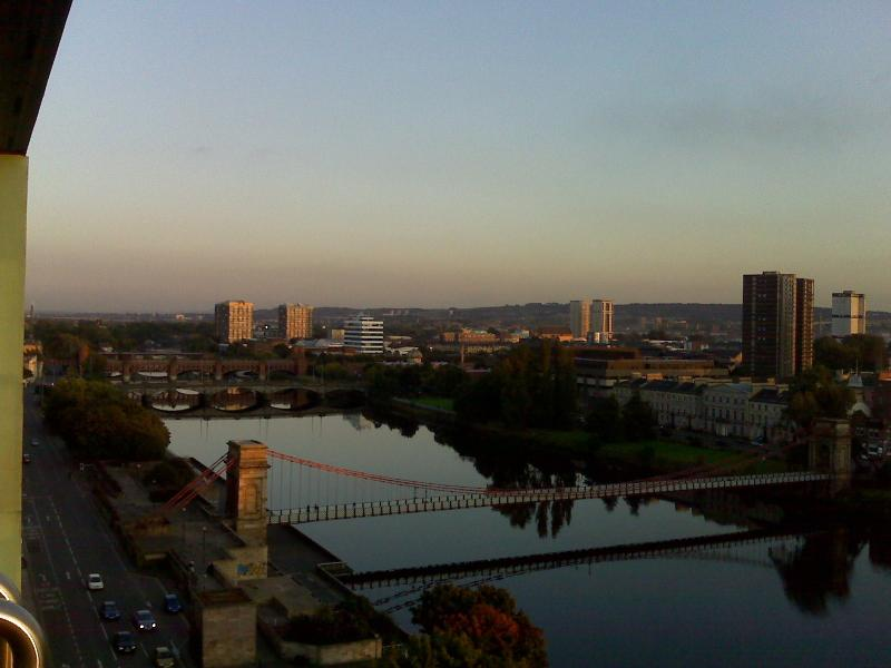 View from Master bedroom. City Centre with view on the River Clyde. - Superb penthouse City Centre Glasgow. Top floor. - Glasgow - rentals