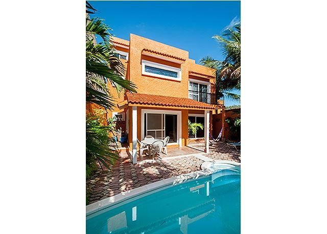 Large 3 story home with charming Mexican decor, private pool & garden - Image 1 - Puerto Morelos - rentals