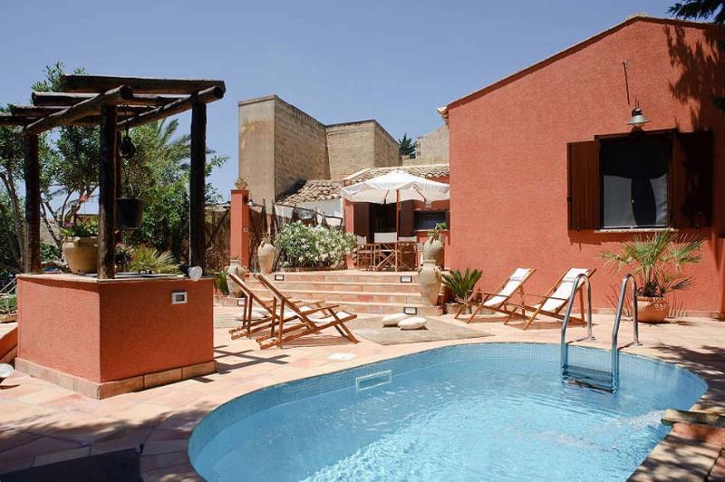 Villa Ballata holiday vacation villa rental italy, sicily, near trapani, near Erice, pool, air conditioning, short term long term vill - Image 1 - Trapani - rentals