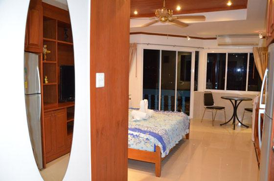 Beautiful apartment (739 )in the  centre Jomtien, - Image 1 - Na Chom Thian - rentals