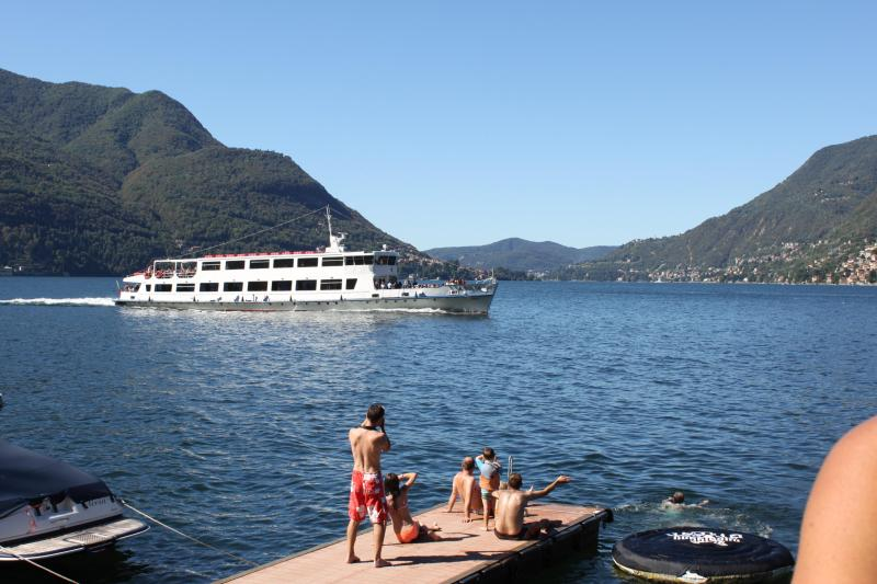 Watching the ferry go by at the Lake Como Beach Resort - PRIVATE BEACH  - SWIMMING - LIDO - Villa Felicita - Como - rentals
