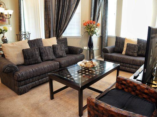 Living Area - TR2C603TRC 2 Bedroom Affordable Condo with Elegant Facilities - Davenport - rentals