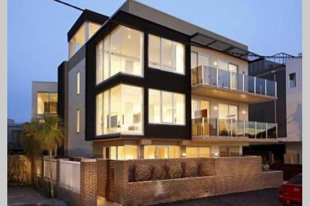 Your home away from home. Boutique apartments - Melbourne Beach Side 2 Bed 3 Bath WOW Apartment - Elwood - rentals