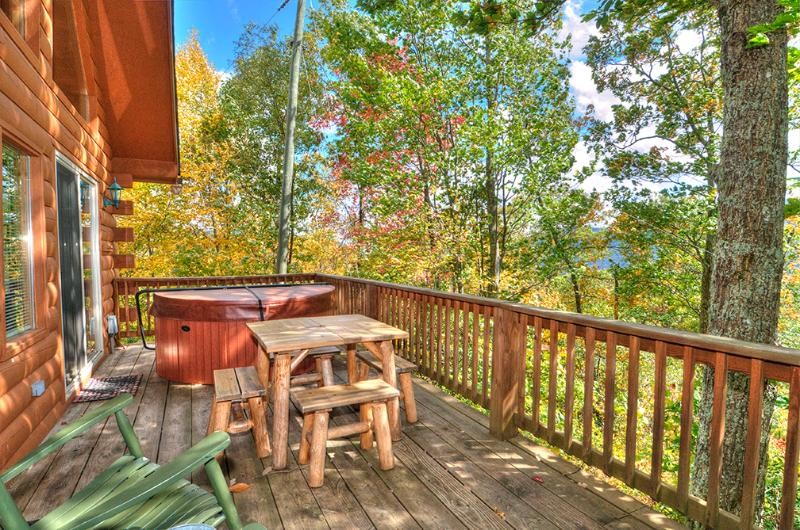 Perfect way to start your day with a cup of java or end in it the Hot Tub. Either way what a view! - Golf? Cycling? Hiking? What's on your mind? 2/2 Log Cabin Fire pit Deck Views! - Maggie Valley - rentals
