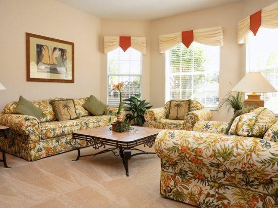 Living Area - HR5P533HCD Orlando 5 Bedroom Pool Home Elegantly Furnished - Orlando - rentals
