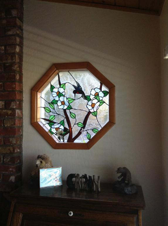 Window in living - Hummingbird Lake View - Near Lovely Lake Arrowhead - Crestline - rentals