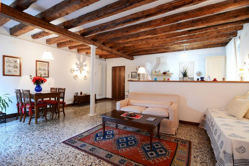 Living room - Elegant apartment with garden - Venice - rentals