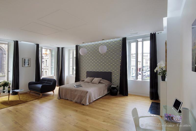 "Chic and Large Studio at ""Chartrons"" - Image 1 - Bordeaux - rentals"