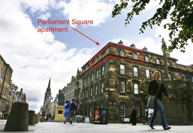 external view of Parliament Sq - Parliament Sq1,Royal Mile,300m to Edinburgh Castle - Edinburgh - rentals
