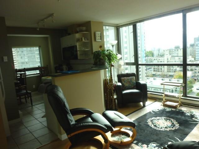 Deluxe Studio Apartment in Coal Harbour, Vancouver - Image 1 - Vancouver - rentals
