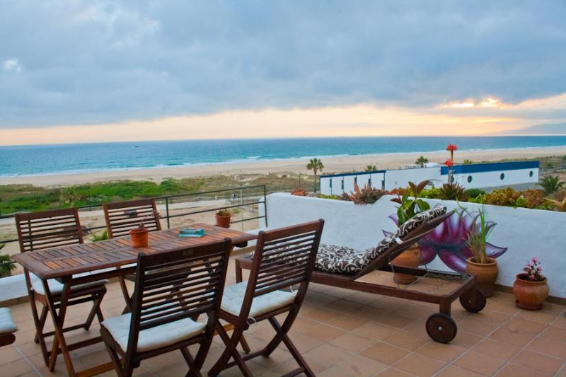 Apartment on the sea front with incredible views - Image 1 - Tarifa - rentals