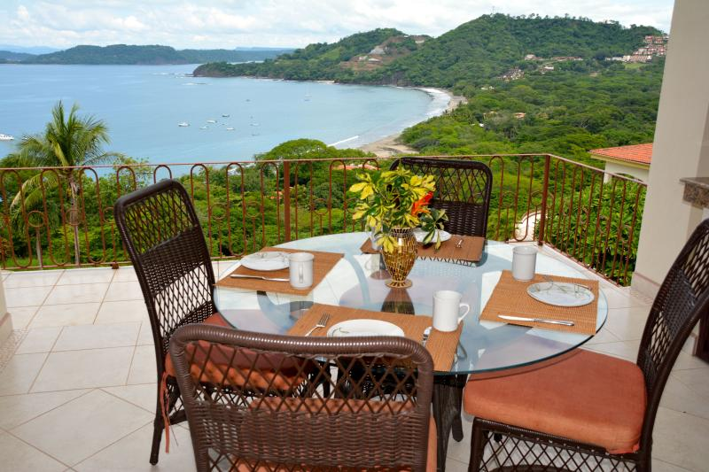 Listen to the ocean waves with coffee in the morning - Villa Amazonian - Playa Hermosa - rentals