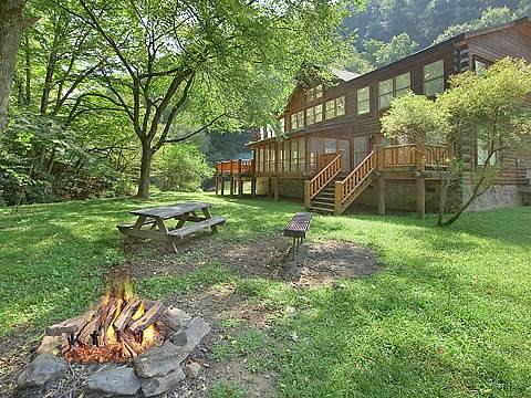 Caney Creek Lodge - Image 1 - Gatlinburg - rentals