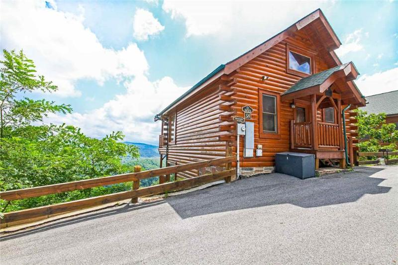 Mountain Paradise at Legacy Mountain - Image 1 - Pigeon Forge - rentals