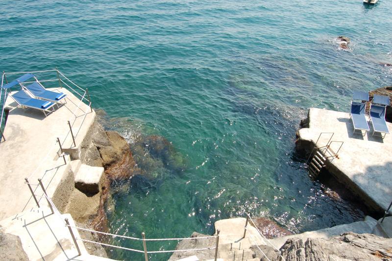 Large Villa Near Amalfi with a Jacuzzi and Spectacular Sea Views - Villa la - Image 1 - Amalfi - rentals