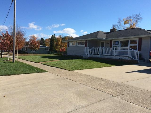 Great Family Home Near Lake Michigan - Image 1 - Manistee - rentals