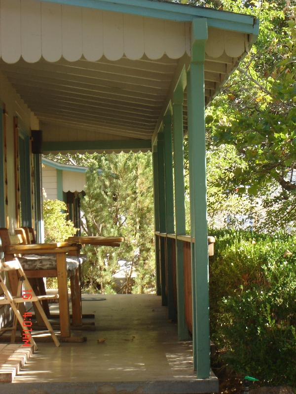 End of view of front porch - The Sequoia, cottage #2 - Kernville - rentals