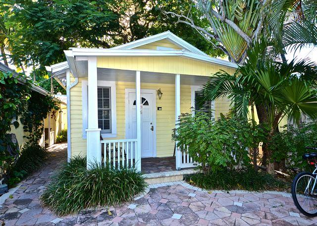 Front entrance off of Simonton Street - THE AUDUBON HOUSE - Customer Favorite! Great Location 1 Block To Duval St. - Key West - rentals