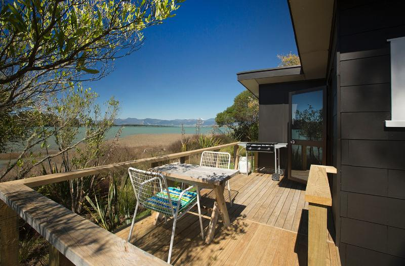 Deck - Miro Cottage at Matahua Cottages, Mapua-Nelson - Bronte - rentals