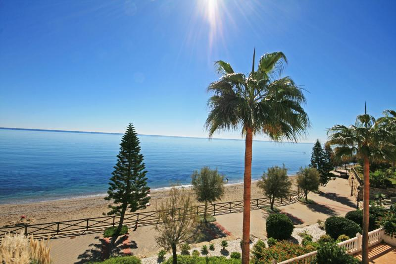 Arenal Beach Estepona beach side 1690 - Image 1 - Estepona - rentals