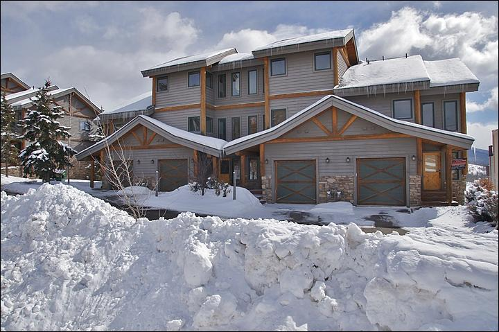 Beautiful Fraser Townhome - Great Valley and Slope Views - Beautifully Furnished (5023) - Winter Park - rentals