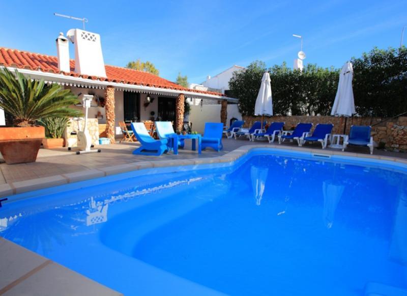 Villa Jacaranda - Oura Strip, Holiday rentals, Albufeira - Image 1 - Albufeira - rentals