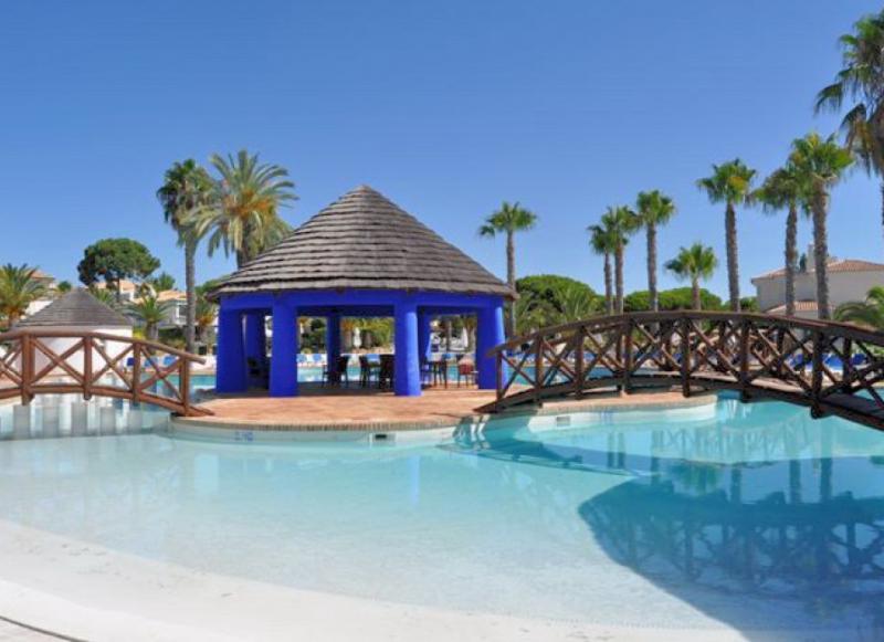 Encosta do Lago, Quinta do Lago apartment, Algarve - Image 1 - Quinta do Lago - rentals