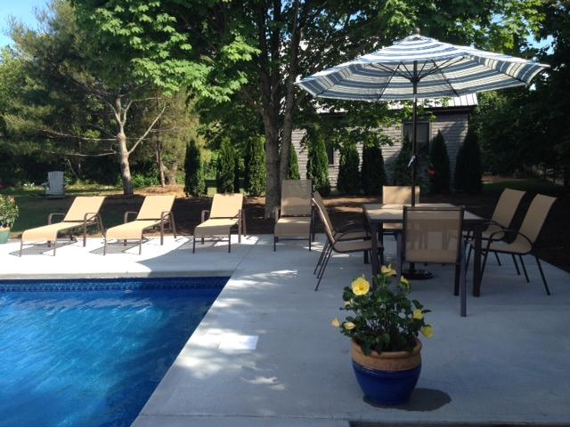 1438 - Katama Main and Guest House with Pool - Image 1 - Edgartown - rentals