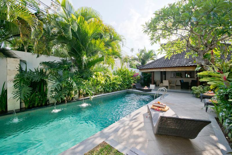 Villa and Pool view - Drupadi 16A, Luxury 3 Bedroom Villa, Central Seminyak - Seminyak - rentals