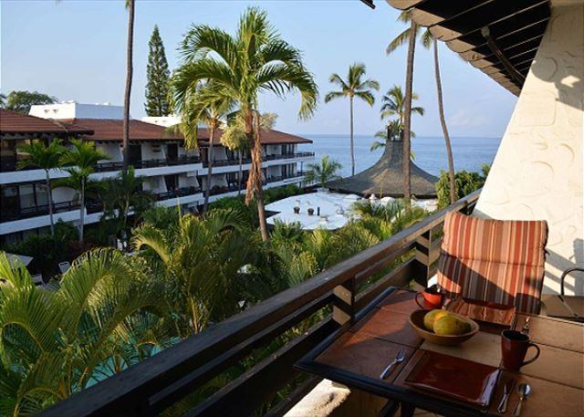 Lanai                               www.konacoastvacations.com - Casa de Emdeko 327- Top Floor Ocean View - AC Included! - Kailua-Kona - rentals