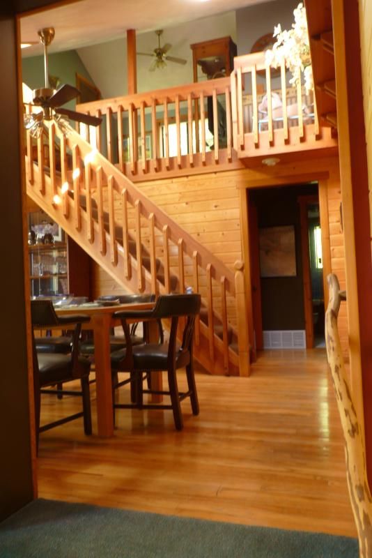 Main Level and Loft - Cozy Cottage Nestled Close to Town and Mountains - Bozeman - rentals