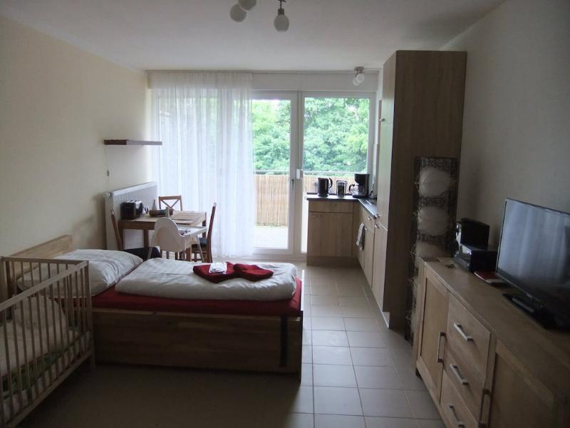 Vacation Apartment in Nuremberg - 377 sqft, central, spacious, modern (# 4899) #4899 - Vacation Apartment in Nuremberg - 377 sqft, central, spacious, modern (# 4899) - Nuremberg - rentals