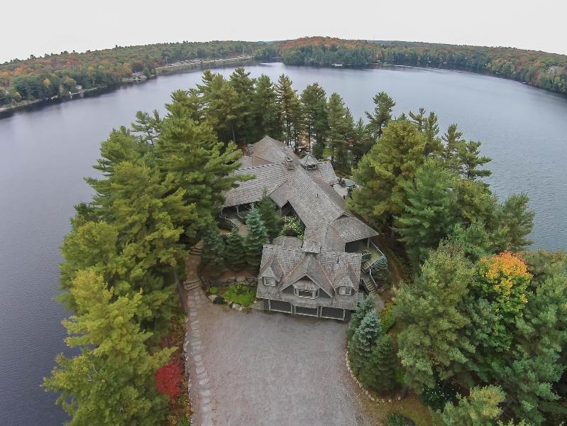 Luxury Muskoka Lakefront Home on 9-acre Peninsula - Image 1 - Mactier - rentals
