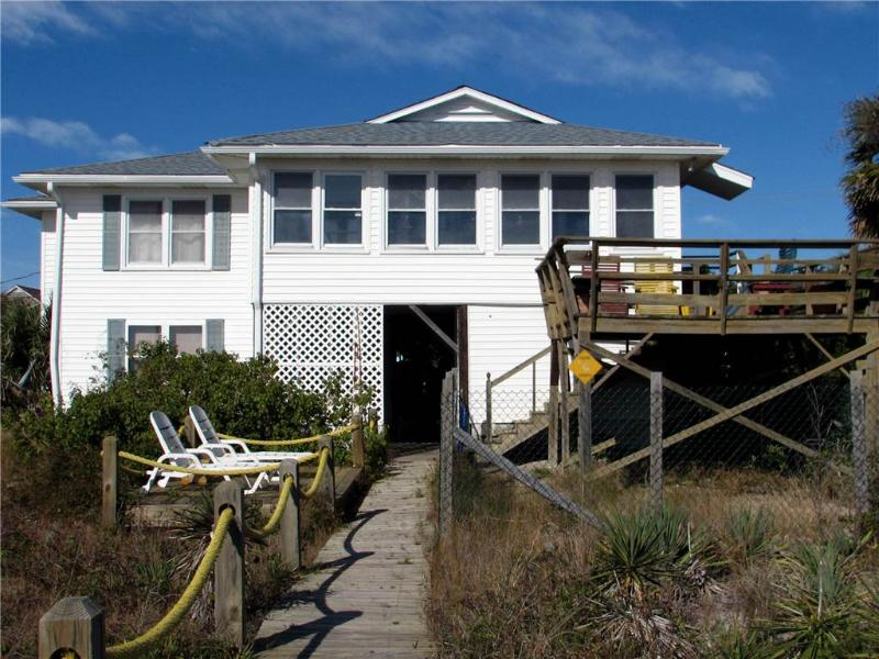 "1204 Palmetto Blvd - "" Edgewater"" Up Only - Image 1 - Edisto Beach - rentals"