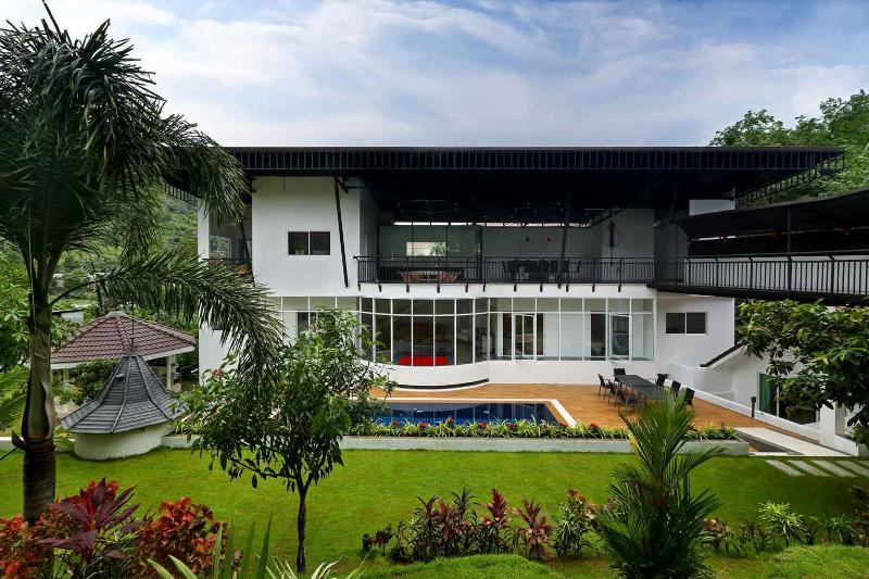 Large New 8 Bedroom Luxury Villa - Image 1 - Chalong Bay - rentals