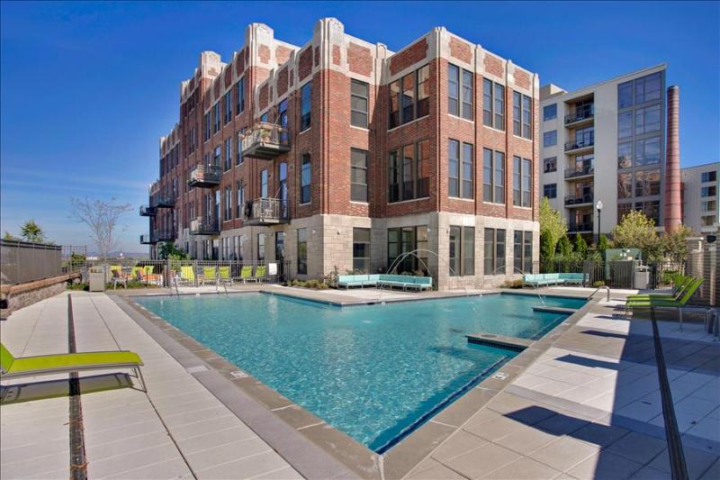 Stay Alfred Awesome Pool Near River Walk CV2 - Image 1 - Nashville - rentals