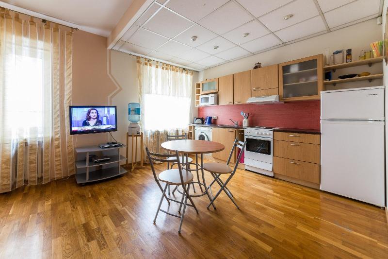 full kitchen corner - Tallinn economy apartment for 3 - Tallinn - rentals