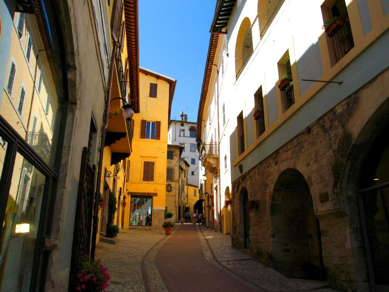 Entrance to your apartment through large Roman arch on right - Vista Rocca/500 euros/wk to include 2 persons - Spoleto - rentals