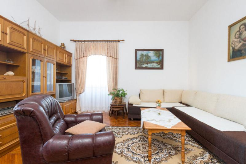 Near the beach and city center - Image 1 - Split - rentals