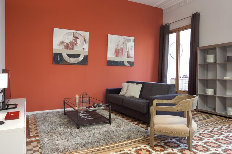 Living room - Cozy Rambla Catalunya Apartment - Barcelona - rentals