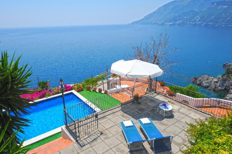 Swimming pool and view - Villa Anna A - Maiori - rentals