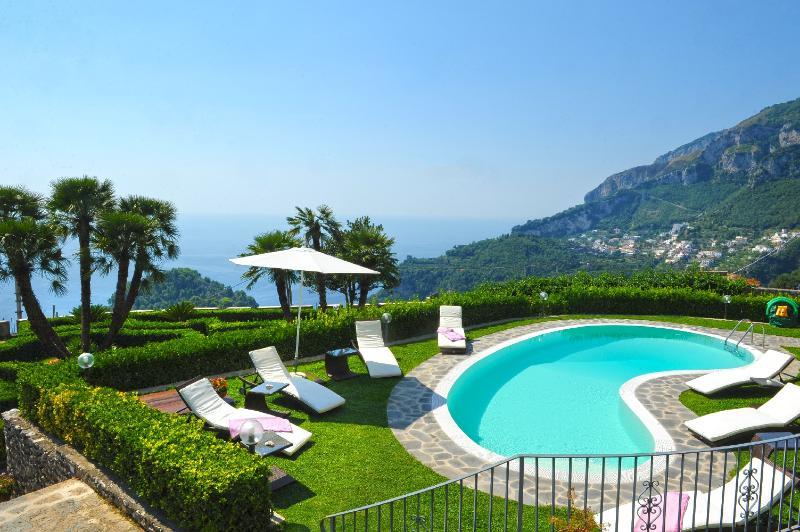 Swimming pool - Villa Minuta - Scala - rentals