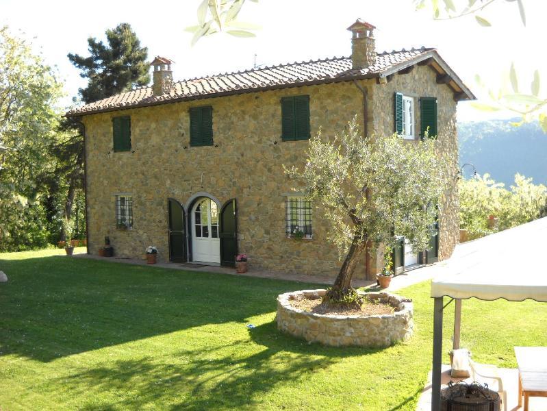 Villa Il Tasso - Image 1 - Lucca - rentals