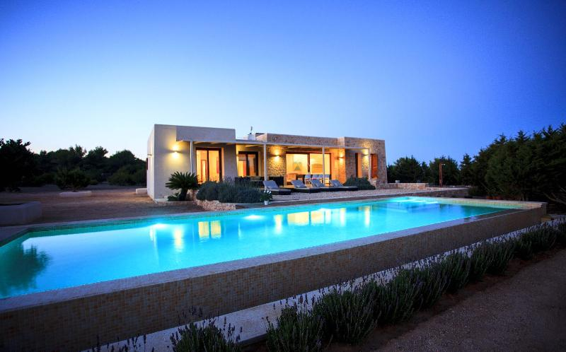 Villa Lavanda - Image 1 - Es Cap de Barbaria - rentals