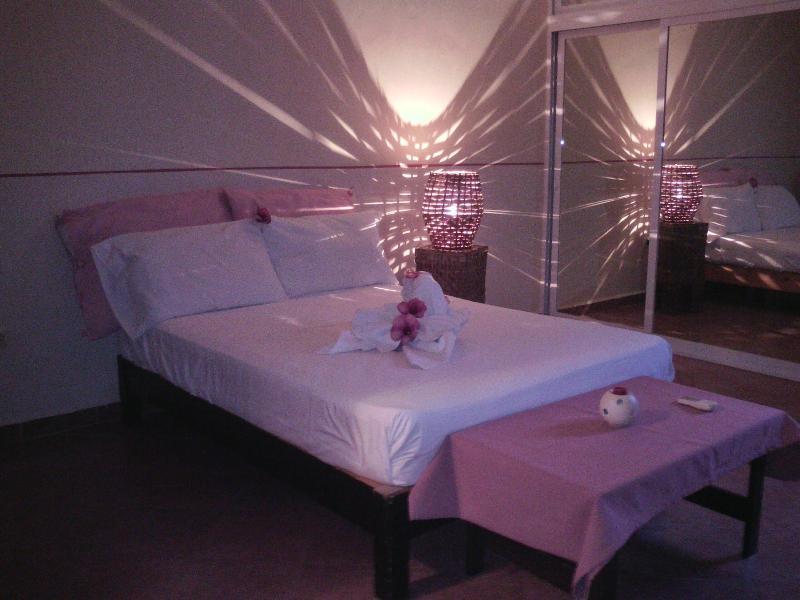 cama matrimonial - La Maison de Sophie - Playa del Carmen - rentals