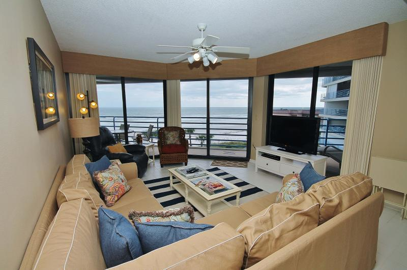 Panoramic Views from the Living Room - Ebb Tide 404, Great Views from this 2/2 - New Smyrna Beach - rentals