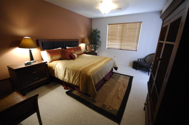 Upscale Executive Condo Suite - 3 BD / 3 BA with 2 Master Suites - Image 1 - Saint George - rentals