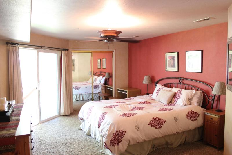 Master Bedroom - King Bed - First-Class Quality Luxury Condo w/ Full Access - Saint George - rentals